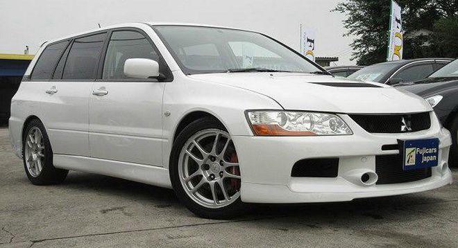 稀有的2006 Mitsubishi Lancer Evolution IX Wagon自排版正在尋找新主人