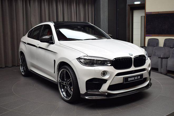 改裝廠牌聯軍!這部BMW X6M身上擁有M Performance、3D Design、AC Schnitzer、Akrapovic四個牌子的產品