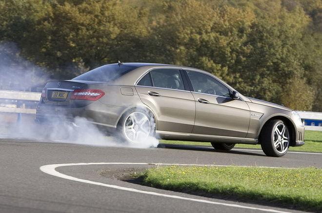 讓你得意的漂 M-Benz將為四驅AMG E63導入漂移模式!