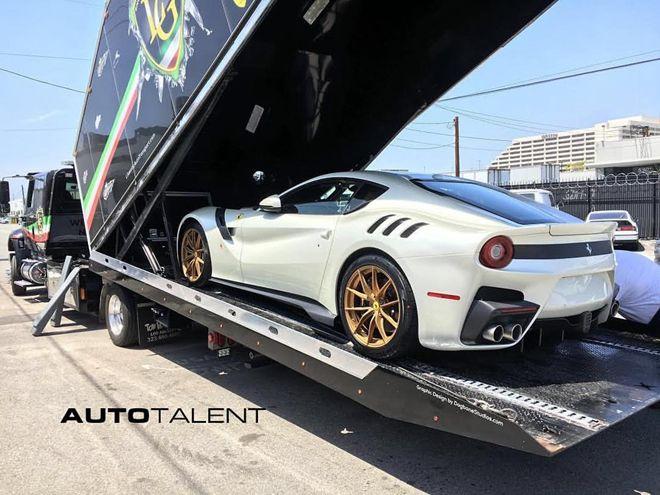 抵達美國沿岸 Ferrari F12tdf正式開始在北美交車