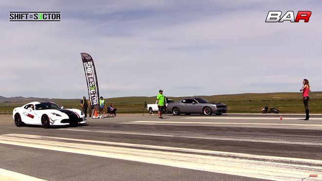 [影片]同門對決   「Dodge」 Viper ACR vs Challenger Hellcat