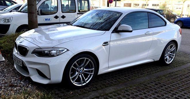 阿爾卑斯山白BMW M2現身