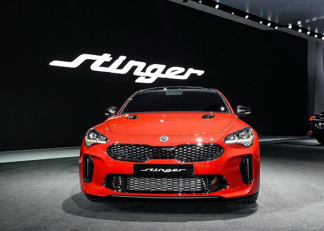 4.KIA Stinger首次於亞洲揭幕,實踐當年對車迷立下的性能跑車誓言,展現KIA已然立足豪華性能跑車領域的企圖心與強大實力。