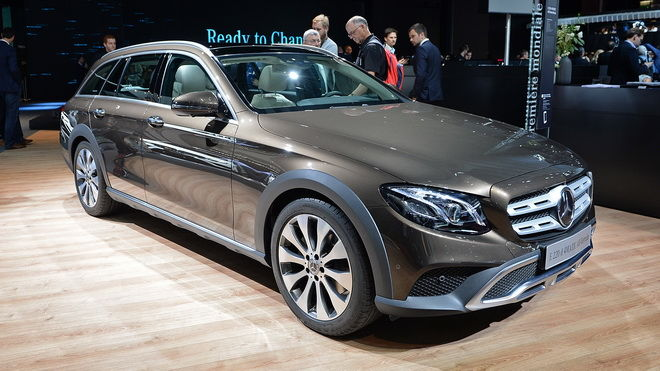 """2016巴黎車展:崎嶇地型""""E""""樣順利過關 M-Benz E-Class All-Terrain正式發表"""