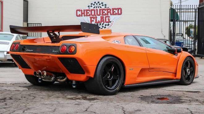 這輛曾經於賽道上叱吒風雲的「Lamborghini Diablo GTR」即將出售!適合想衝上天的你!