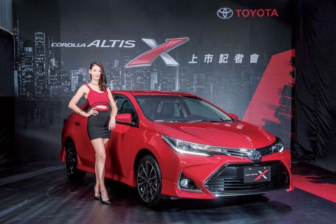2018玩甚麼車!神車不缺席,Toyota Corolla Altis X這次真的神了