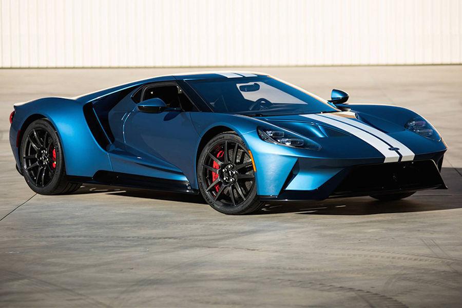 收藏家之間的戰爭?2017 Ford GT和第一部出廠的Corvette ZR1即將拍賣!
