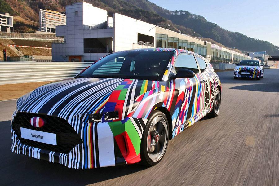 更年輕了!Hyundai釋出第2代Veloster的內裝設計圖!