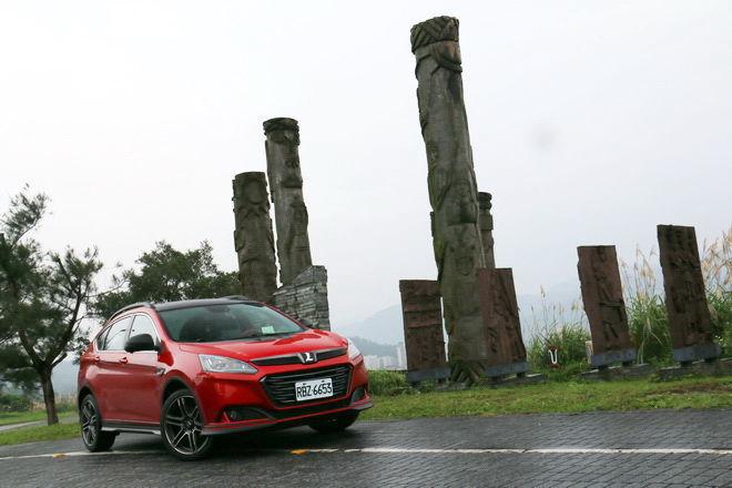 動力 操控 配備大幅進化 新Luxgen U6 GT220旗艦SUV試駕