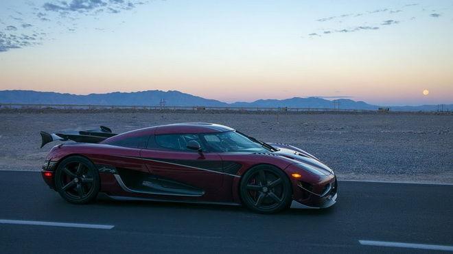 Agera RS能夠跑到每小時300英里(482.8km/h)嗎??? Koenigsegg認為它可以辦到!!!