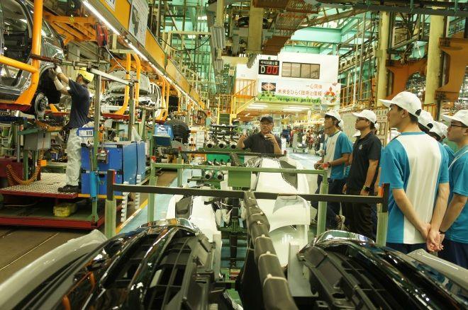 中華汽車捐贈GRAND LANCER 11台試驗車為技職學校資源加分