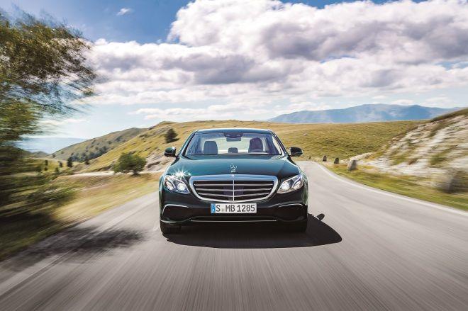 Mercedes-Benz仍穩坐2017年度豪華品牌全球銷售冠軍