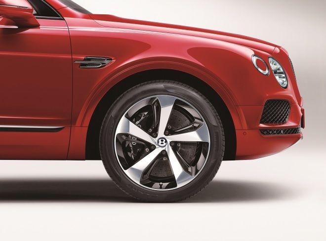 Bentley Bentayga推全新V8汽油動力