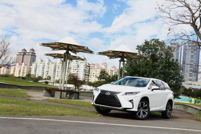 車身變長 機能空間更靈活 Lexus七人座豪華休旅 RX 350L試駕
