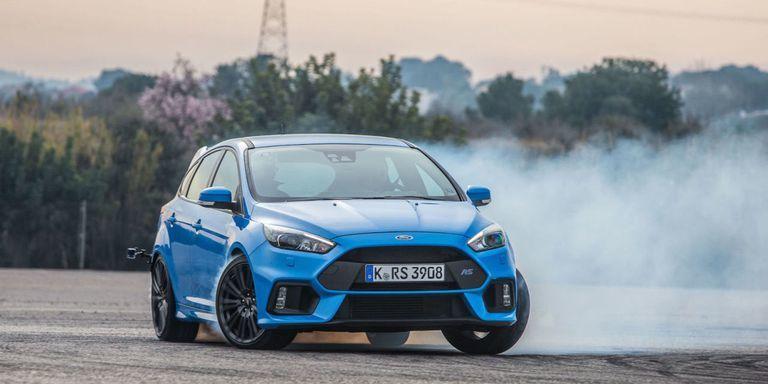 儘管我們都知道Focus RS配有Drift Mode(甩尾模式),但這次換Ford Performance員工親自飄給你看!(內有影片)