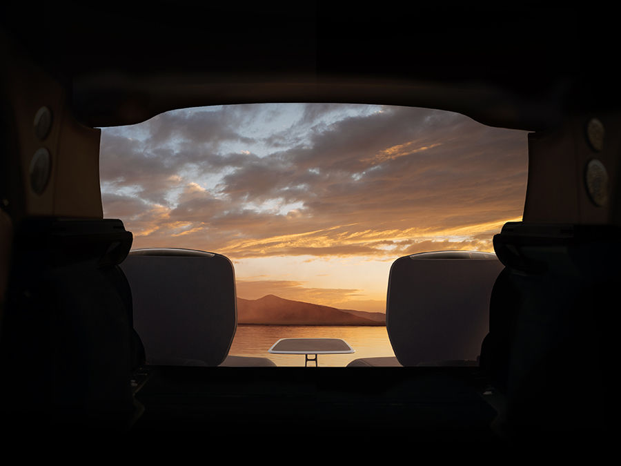 勞斯萊斯CULLINAN呈獻最浪漫時尚的觀景座椅