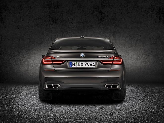 「一代傳奇的悲歌」在不斷提倡的環保議題下,BMW M760Li身上那具V12汽缸引擎恐怕將要被剔除?