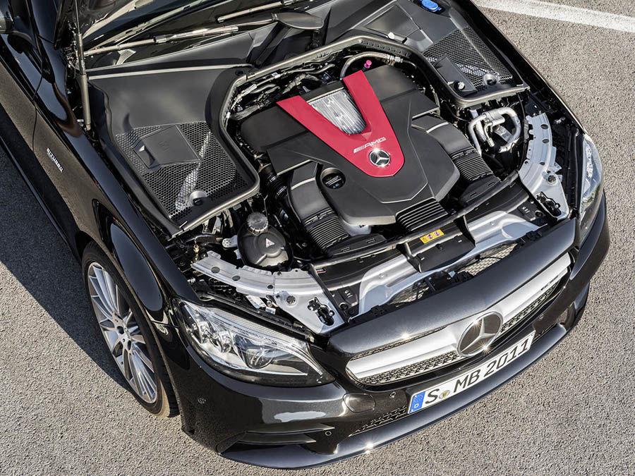 Mercedes-AMG C43小改款現身日內瓦!馬力增至390匹