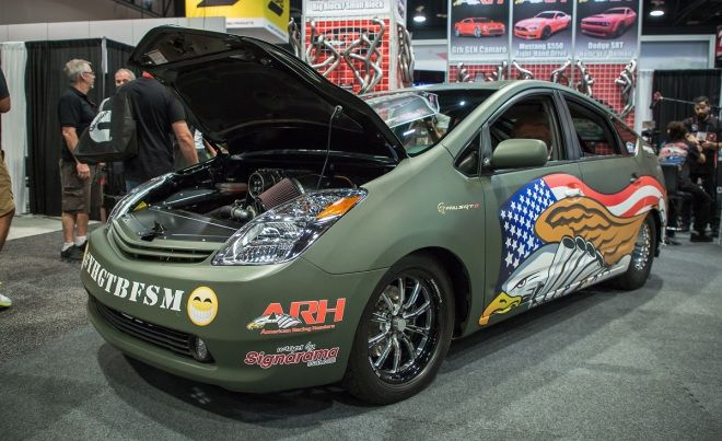 V8機械增壓1000hp   Toyota PriuSRT8