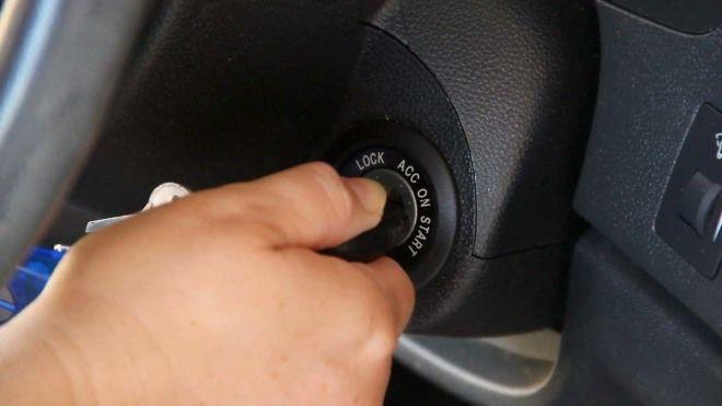啟動鑰匙或按鍵   該轉/按到底還是分段?