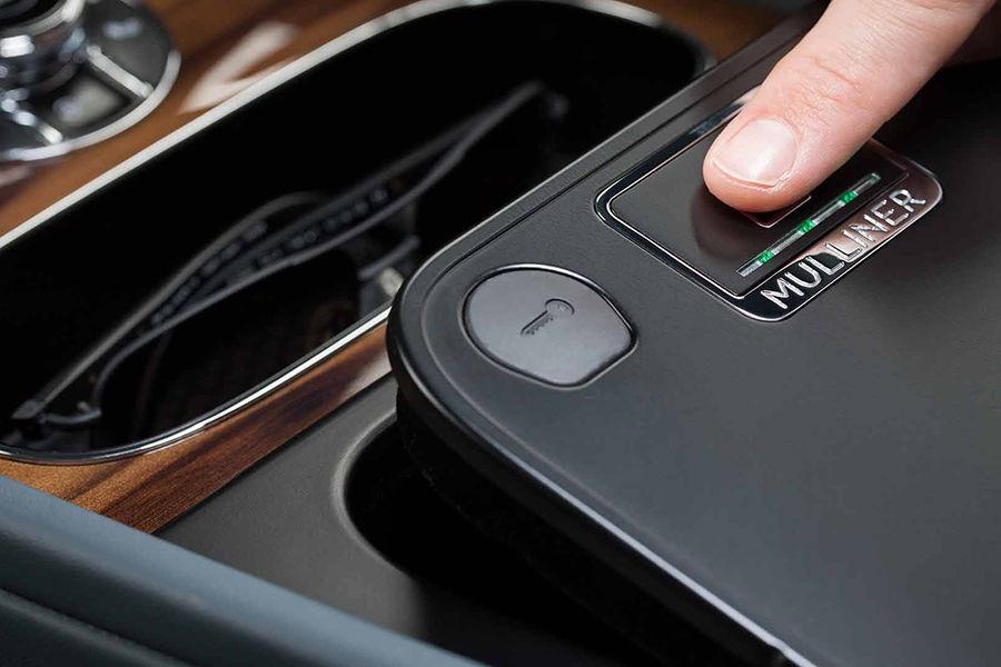 安全配備?Bentley Bentayga推出車用指紋辨識保險盒