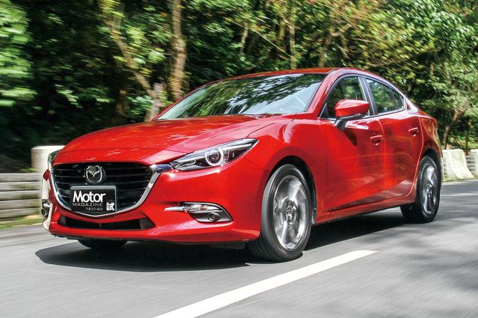 魂動再進化    18年式 Mazda3