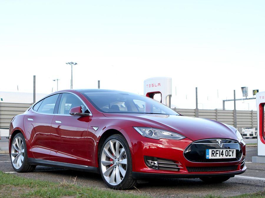 動力方向盤組件有問題 !特斯拉大規模召回2016年4月前所生產Model S