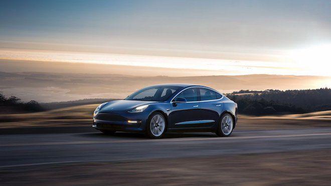 Tesla執行長 Elon Musk表示:「Model 3 雙馬達版本 有望於七月亮相」