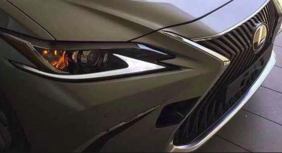 全新大改款Lexus ES車頭造型露出!