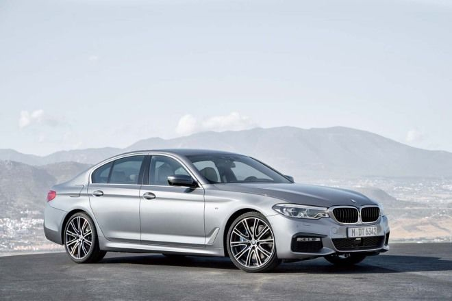 LS350價格上的雙B對手 BMW 530i M Sport、Mercedes-Benz E 250 Exclusive