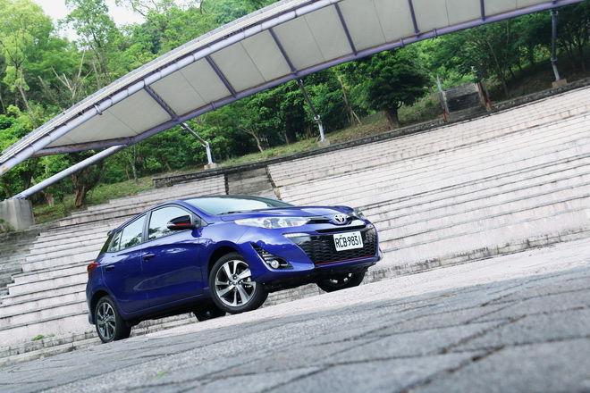 中期改款 造型、質感、安全大幅進化 2018 Toyota Yaris S試駕-外觀內裝篇