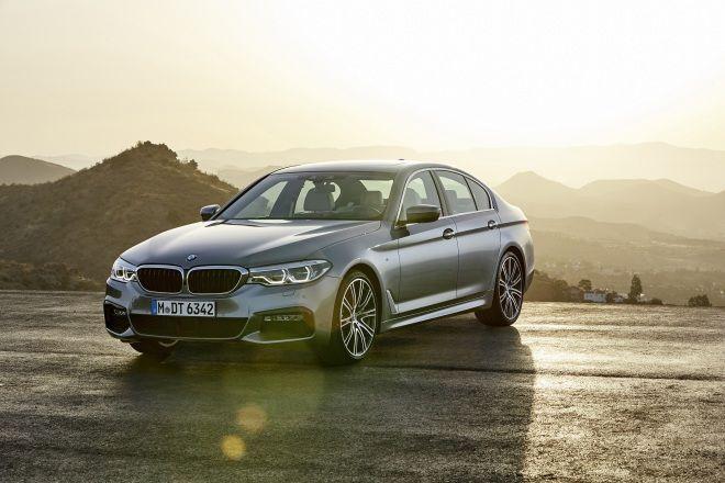 BMW大5系列獲頒2018車訊風雲獎「最佳進口大型車」殊榮!