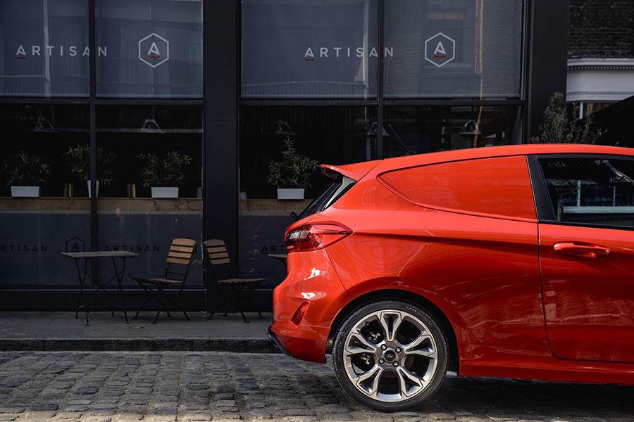Ford Fiesta三門迷你貨車?愚人節不是過了嗎?