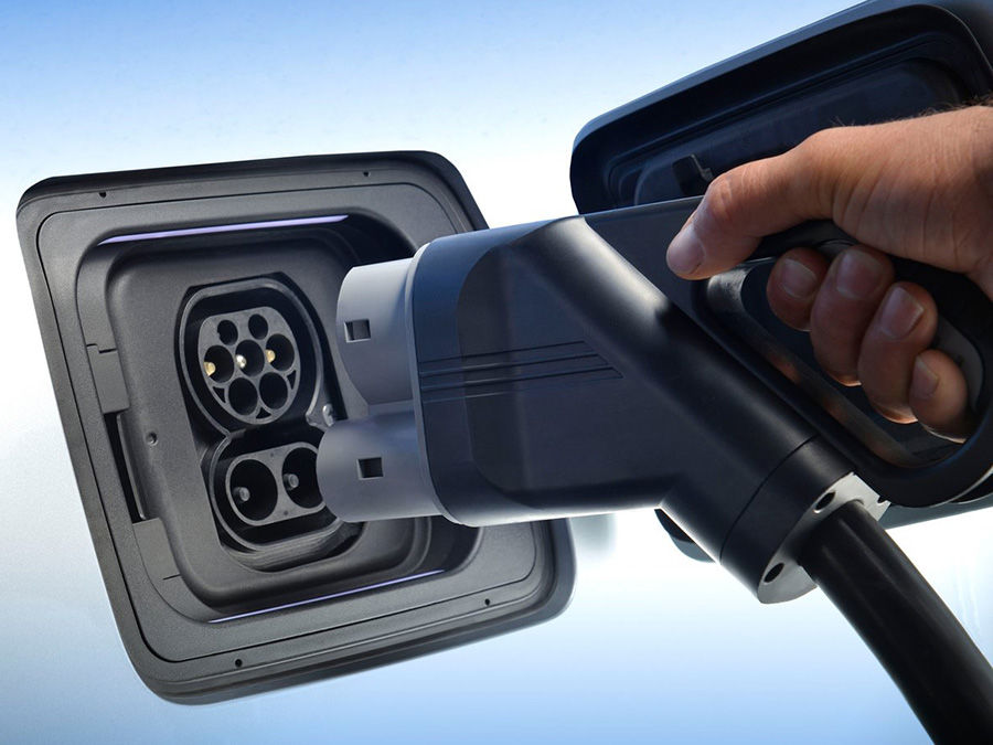 歐洲人不愛柴油車了!新歡電力十足