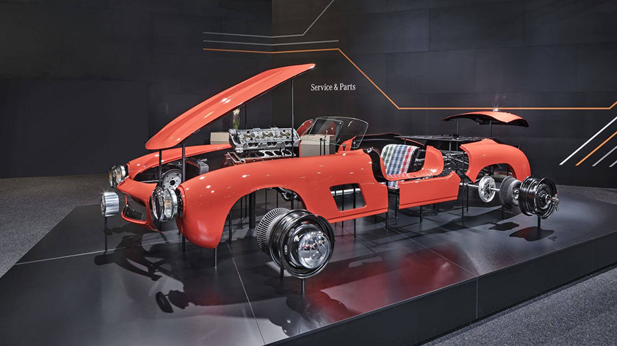 經典終究會喚起人們的重視!Mercedes 300 SL Gullwing的車體鈑件重新開始生產!