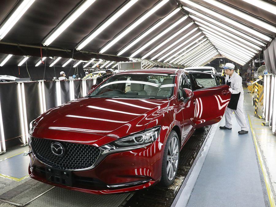 Mazda慶祝第5000萬輛車駛出生產線!
