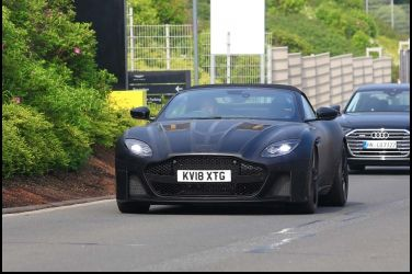 英倫情人必備款Aston Martin DBS Superleggera Volante