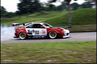 Marlboro Toyota MR2魅影回歸(下)從破舊到嶄新
