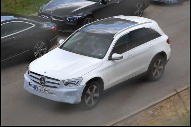 姊妹一起改Mercedes-Benz GLC
