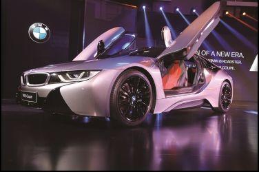 未來改款  BMW i8 Coupe / i8 Roadster