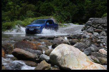 多兩缸更狂野  VW Amarok Aventura