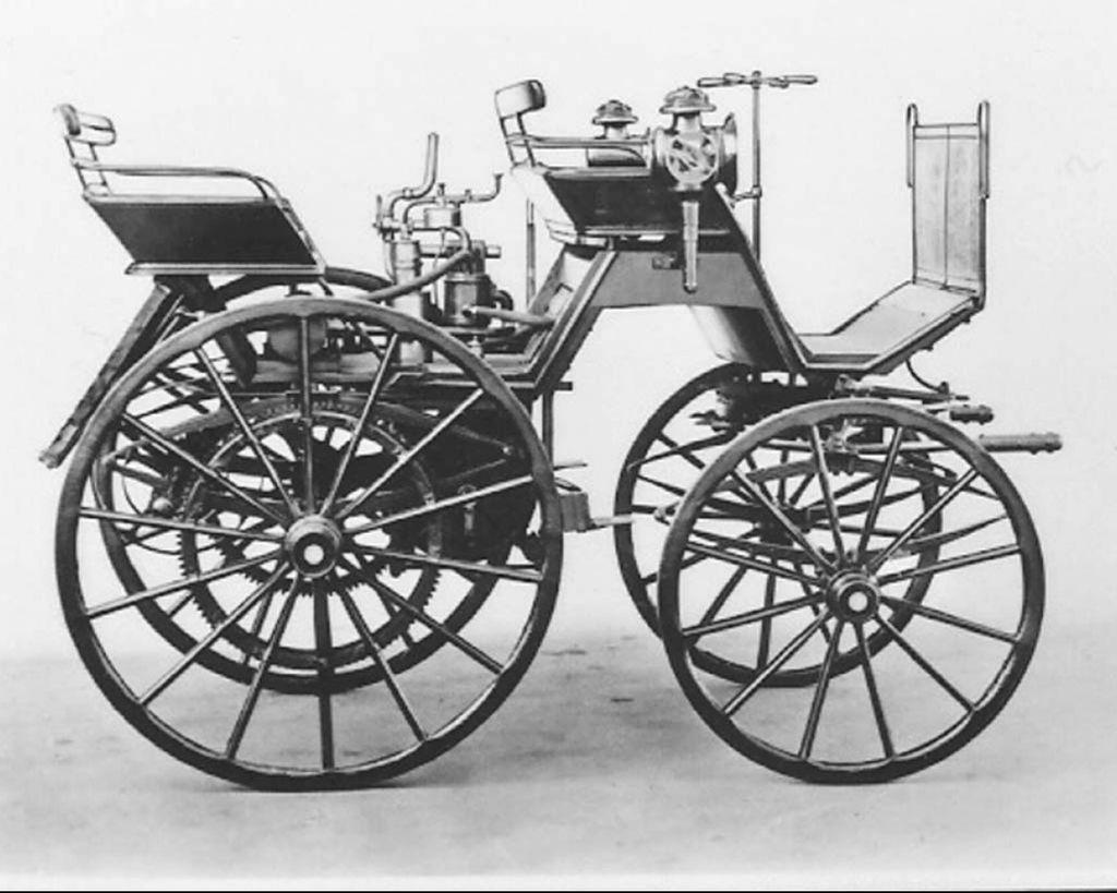 【汽車知識】最早的汽車是中置引擎?