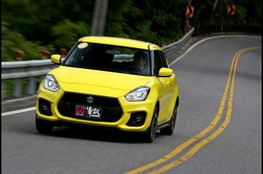 嗆辣小黃蜂  Suzuki Swift Sport(上)