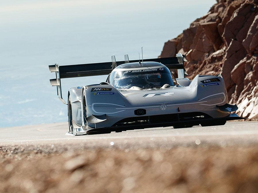 (影音)VW I.D. R Pikes Peak以7分57.148秒成績成為最速紀錄保持者