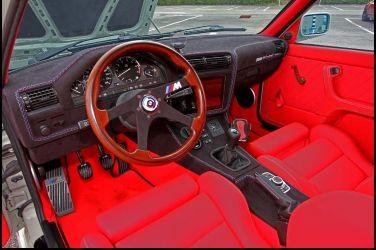 老車翻新更耀眼BMW E30 316 Coupe(下) 車體翻修車身膠條最難取得