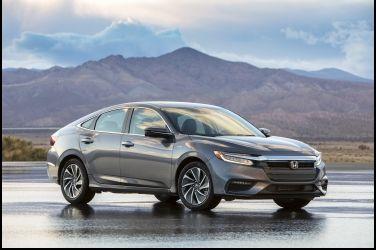 全新三代目Honda Insight