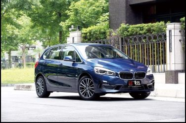 空間系鋼砲BMW 220i Active Tourer
