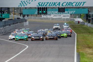 陳意凡代表 Lamborghini Taipeih參加亞洲挑戰賽位列分組積分冠軍