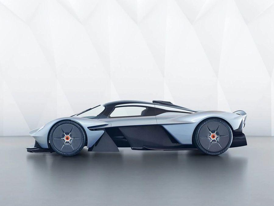 Aston Martin中置引擎跑車將命名Vanquish