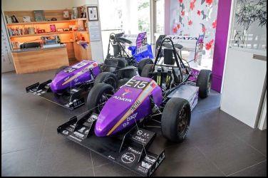 全台首輛電動方程式賽車 設計團隊平均年齡只有20歲!